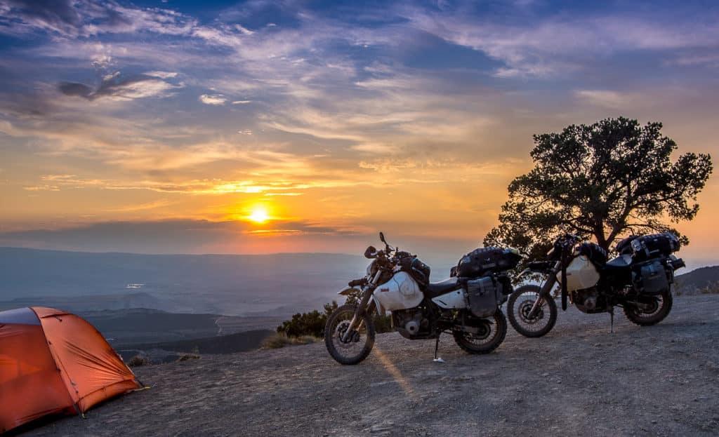 Motosikletle Kamp Yapmak