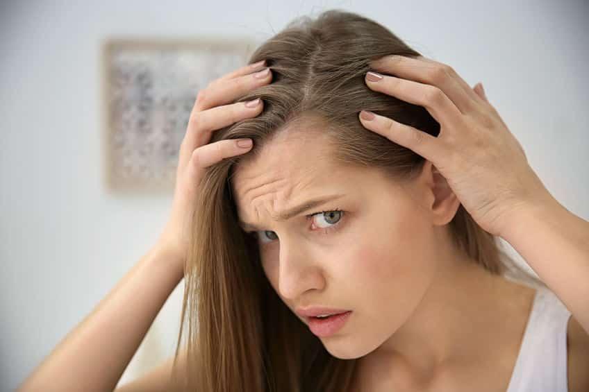 Saç Dökülmesi Neden Olur?