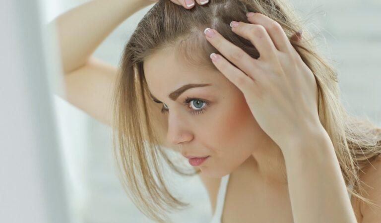 Saç Dökülmesi Neden Olur? Nasıl Durdurulur?